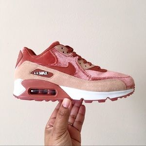 Nike Air Max 90 LX Dusty Peach